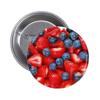 Fresh blueberries and strawberries 6 cm round badge