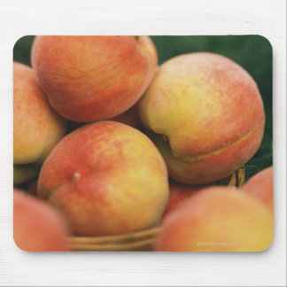 Fresh peaches mouse mat