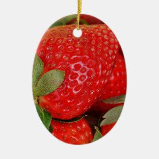 Fresh strawberries ceramic oval decoration