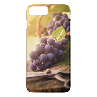 Freshly Harvested Grapes iPhone 8 Plus/7 Plus Case