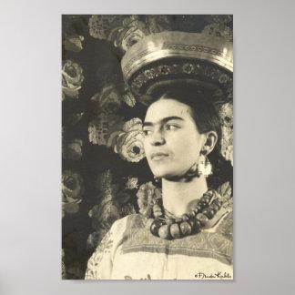 Frida Kahlo con Charola Original Poster