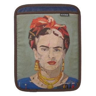 Frida Kahlo en Coyoacán Portrait iPad Sleeve