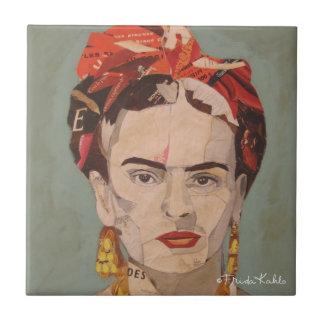 Frida Kahlo en Coyoacán Portrait Tile