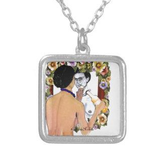 Frida Kahlo en el Espejo Portrait Silver Plated Necklace