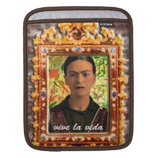 Frida Kahlo Reflejando iPad Sleeve