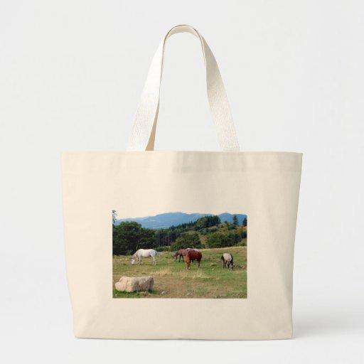 FRIENDLY HORSES BAG