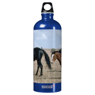 FRIENDLY HORSES SIGG TRAVELLER 1.0L WATER BOTTLE