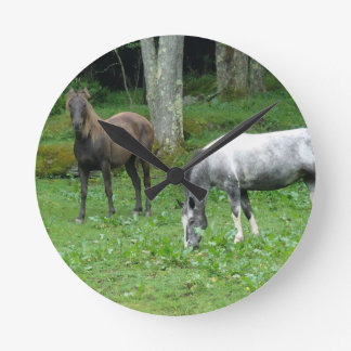 FRIENDLY HORSES WALLCLOCK