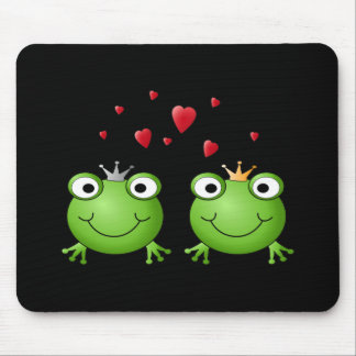 Frog Couple with hearts. Mouse Mat