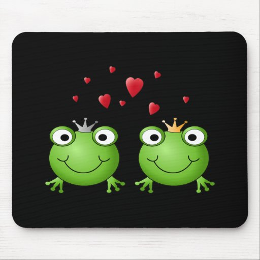 Frog Couple with hearts. Mousepad
