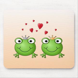 Frog Prince and Frog Princess, with hearts. Mouse Pad