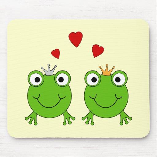 Frog Princess and Frog Prince, with hearts. Mousepad