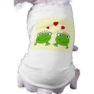 Frog Princess and Frog Prince, with hearts. Shirt