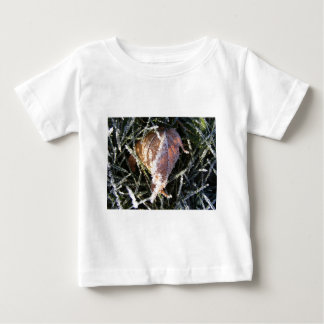 Frost on a leaf t shirt