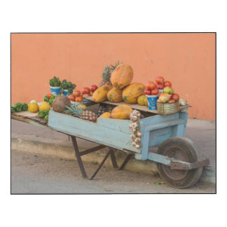 Fruit and vegetable cart, Cuba