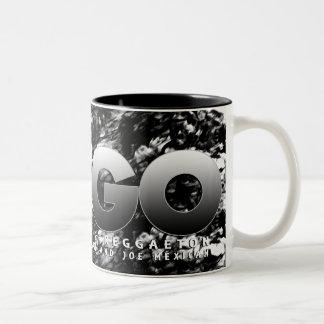 FUEGO Mugg 001 Two-Tone Coffee Mug