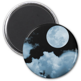 FULL MOON CLOUDS BLUE 6 CM ROUND MAGNET