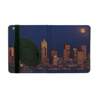 Full moon rising over downtown Seattle skyline iPad Folio Case
