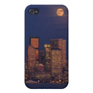 Full moon rising over downtown Seattle skyline iPhone 4 Cover