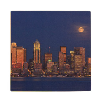 Full moon rising over downtown Seattle skyline Maple Wood Coaster
