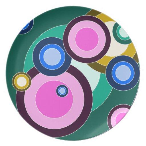 Fun & Bright Retro Circles Pattern Plate