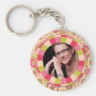 Fun Circle frame - pink leaf on pattern Basic Round Button Key Ring