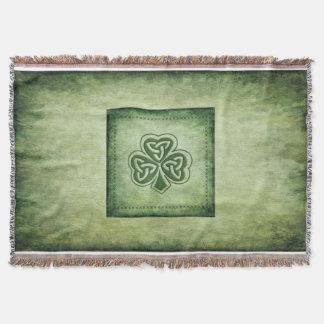 Fun grundge Irish lucky shamrock Throw Blanket