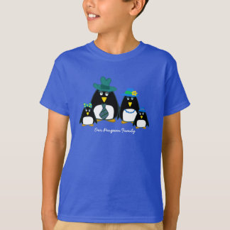 Fun Penguin Family of 4 Christmas Kids T-Shirts