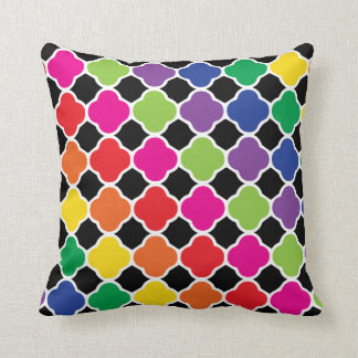Fun Psychedelic Quatrefoil Print Pattern Cushion