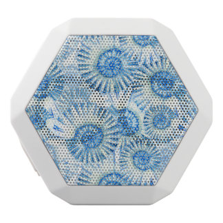Fun Shell Pattern White Bluetooth Speaker