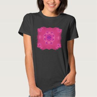 Funky magenta fractal flower T-shirt