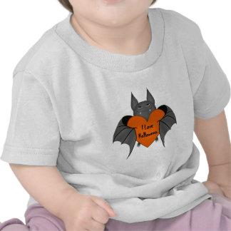 Funny amorous Halloween vampire bat T-shirts