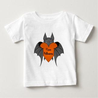 Funny amorous Halloween vampire bat T-shirt