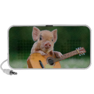 Funny Cute Pig Playing Guitar iPod Speakers