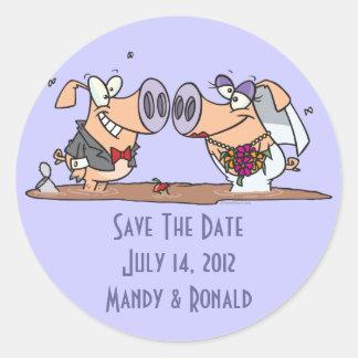funny cute silly wedding pigs bride groom round sticker