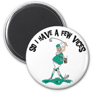 Funny Golfer With Vices 6 Cm Round Magnet
