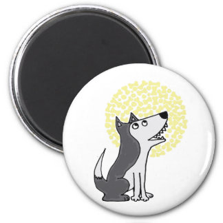 Funny Grey Wolf Howling at Biscuit Moon 6 Cm Round Magnet