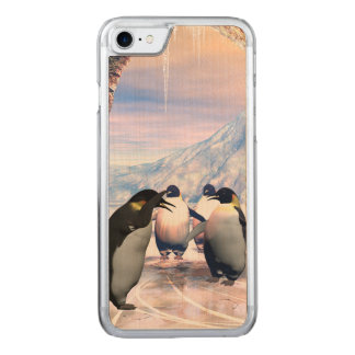 Funny penguin carved iPhone 8/7 case