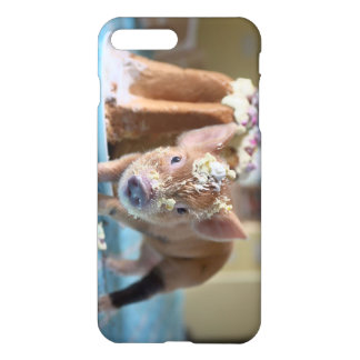 Funny pig and the cake iPhone 8 plus/7 plus case