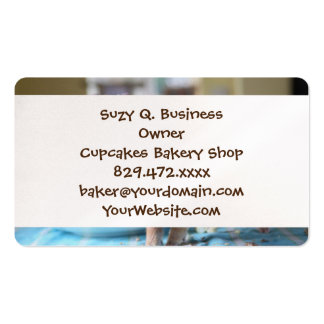 Funny pig and  the cake pack of standard business cards