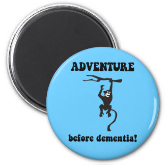 Funny retirement 6 cm round magnet