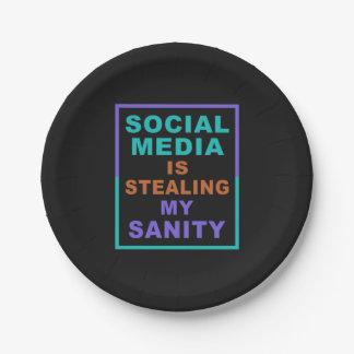 "Funny ""Social Media"" paper plates"