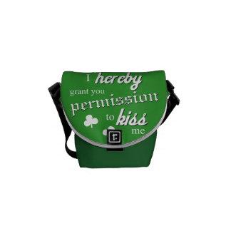 Funny St Patricks day kiss me irish Messenger Bag