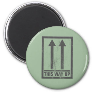 Funny this way up sign 6 cm round magnet