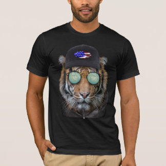 Funny wildlife dressed up Bengal Tiger T-Shirt