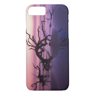 GA Jekyll Island, Tree graveyard on  beach at iPhone 8/7 Case