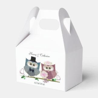Gable Favor Box with Cute Wedding Owls Art Wedding Favour Box
