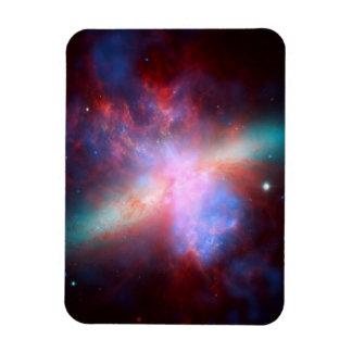Galaxy M82 Magnet