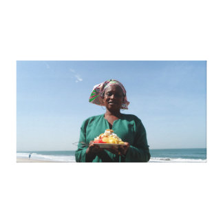 GAMBIAN FRUIT SALAD SELLER CANVAS PRINT