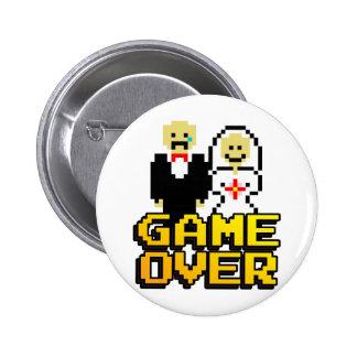 Game over marriage (8-bit) 6 cm round badge